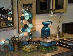 Happy Lights als decorstuk - Toplocaties Outdoor Fairy Lights, Led Fairy Lights, Cotton Ball Lights, Happy Lights, Mason Jar Lamp, String Lights, Lamp Light, Interior Inspiration, Interior Decorating
