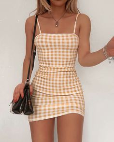 trendy outfits for summer . trendy outfits for school . trendy outfits for women . Cute Casual Outfits, Girly Outfits, Cute Summer Outfits, Mode Outfits, Retro Outfits, Stylish Outfits, Teenager Outfits, Club Outfits, Instagram Outfits