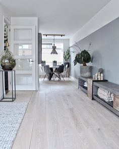 Was # hey # delicious … gut # selbst … …… - Moderne Inneneinrichtung Living Room Modern, Home And Living, Living Room Decor, Bedroom Decor, Loft Interior, Interior Design Living Room, Living Room Designs, Scandinavian Style Home, Paint Colors For Living Room