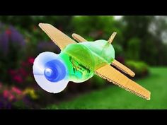 Soda Bottles, Plastic Bottles, An Aeroplane, Recycled Bottles, Rubber Bands, Svg Cuts, Fun Activities, Planes, Recycling