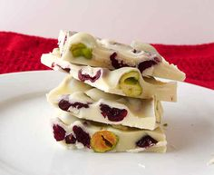 Pistachio and Cranberry White Chocolate Bark | 29 Tasty Vegetarian Paleo Recipes