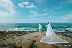 William + Marcela  Praia da Ferrugem, SC  http://vitorrosa.com.br/site/portfolio/  #casamento #noiva #wedding #riograndedosul #brasil #destinationwedding #ensaio #casal #inspo #couple #beach #love #photoshoot #vestidodenoiva #fotógrafo #sãoleopoldo #novohamburgo #portoalegre #canoas #estanciavelha #ivoti #canela #gramado #santacatarina  #trashthedress