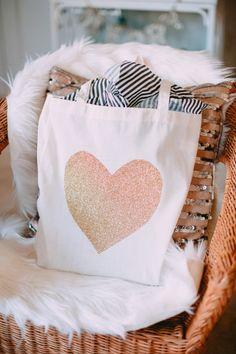 Glitter Heart Tote Bag Craft / DIY