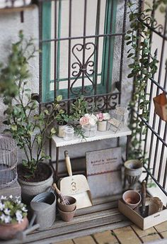 Artful Level of Detail in Your Miniature Garden | Lush Little Landscapes « How to Make Miniature Gardens for Weddings, Centerpieces, Gifts