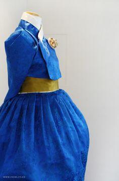 오리미한복 :: 오리미 겨울 디스플레이_ 파란 한복 한 벌