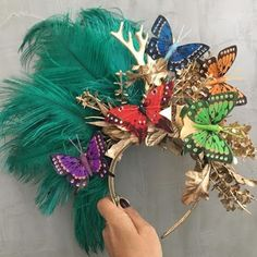 Carnival Outfits, Carnival Costumes, Mardi Gras Costumes, Halloween Costumes, Tropical Outfit, Photoshoot Themes, Fancy Hats, Tiaras And Crowns, Halloween 2018
