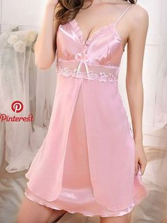 Pin by Yani Therán on Sewing in 2019 Lingerie Fine, Lace Lingerie Set, Pretty Lingerie, Babydoll Lingerie, Beautiful Lingerie, Sexy Outfits, Silk Pajamas, Silk Sleepwear, Lingerie Collection
