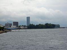 近江大橋を挟んで湖西側。