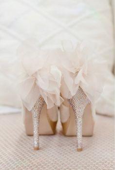 #weddingshoes   www.joielala.com