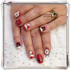 Santa nails father xmas red white christmastime