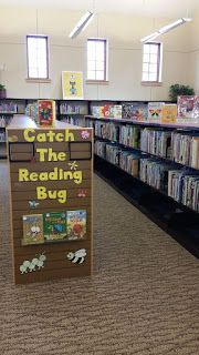 Here are some end-cap displays that I have made around the library. Hope you find these ideas useful! Classroom Display Boards, Library Bulletin Boards, Classroom Displays, Classroom Ideas, Library Book Displays, Library Books, Library Ideas, Spring Bulletin Boards, Board Ideas