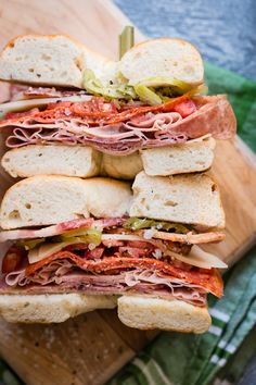 Italian Salami Bagel Sandwich - An easy lunch that'll keep you going until dinner time, this bagel sandwich is loaded with italian meats, cheese, and peppers.