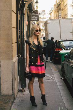 Lalá Rudge em foto de Eduardo Bravin durante Paris Fashion Week para Hype 011 // FUNDADA EM 2014, A HYPE 011 É UMA AGÊNCIA QUE REALIZA TRABALHOS DE RELAÇÕES PÚBLICAS, GERAÇÃO DE CONTEÚDO & PESQUISA DE TENDÊNCIAS, CONSULTORIA CRIATIVA & IMAGEM - COM PESSOAS E MARCAS, NACIONAIS E INTERNACIONAIS.