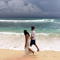 Bohemian beach wedding // dress by Magali Pascal// Nusa Lembongan Bali
