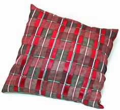 Fun Easy Ribbon Pillow Plaid showing finished pillow