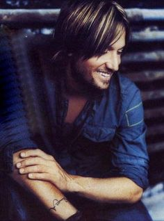 keith urban... awesome in concert... great artist