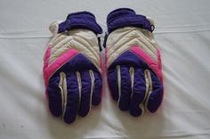Vintage 1980's - Retro Pink and purple thinsulate gloves ladies one size fits all by TheMercerStreetHouse on Etsy