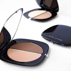 Marc Jacobs Beauty Light-Filtering Contour Powder via Sephora Contour Makeup, Kiss Makeup, Contouring And Highlighting, Beauty Makeup, Eye Makeup, Beauty Dupes, Makeup Package, Blush, High End Makeup