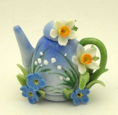 1/12TH scale lovely teapot with spring flowers BY LORY by 64tnt