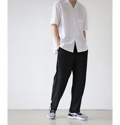 Korean Casual Outfits, Korean Summer Outfits, Stylish Mens Outfits, Korean Fashion Men, Best Mens Fashion, Outfits Hombre, Mode Streetwear, Raining Men, Japan Fashion