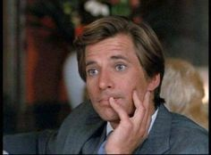 """Face making his phony face in """"Beverly Hills Assault"""", one of my favorite episodes Templeton Peck, Face A Team, George Peppard, It Crowd, Actors, Geek Chic, Pretty Boys, Favorite Tv Shows, Love Story"""