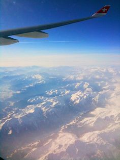 The Swiss Alps from the sky. I saw this flying over France to Italy and it was breathtaking. Airplane Window, Airplane View, Swiss Air, Destination De Reve, Above The Clouds, Airplane Travel, Air France, Snow Skiing, Mont Blanc