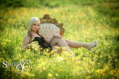senior picture ideas for girls outside...this would be cute with cowgirl boots!