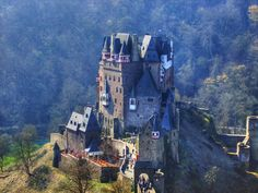 Pictures Medieval Castles | plus613 - culture in the blender - Burg Eltz Castle