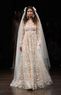 The Most Beautiful Dresses From Bridal Fashion Week Fall Wedding Dresses, Wedding Attire, Bridal Dresses, Wedding Gowns, Naeem Khan Bridal, 2017 Bridal, Most Beautiful Dresses, Bridal Fashion Week, Ring Verlobung