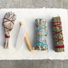 Sage Smudge Stick Kit - White Sage, Palo Santo, Mini Sage, Desert and Sweetgrass Smudging Sticks PLUS a Selenite Crystal & How to Guide for Cleansing your Home - Hand tied in California (Selenite) - List for Home and Garden Products Detox Kit, Sage Essential Oil, Thing 1, Smudge Sticks, Love Spells, Creative Activities, Stuff To Do, Smudging, Saga
