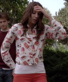 """Spencer's popsicle and """"Happy Ashley"""" print top on Pretty Little Liars.  Outfit Details: http://wornontv.net/27452/ #PLL"""