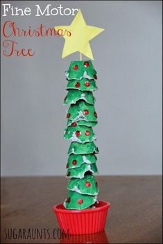 Fine Motor Egg Carton Christmas Tree Activity Christmas Tree craft that is perfect for fine motor skills (neat pincer grasp and tripod grasp & extended wrist needed for handwriting! Preschool Christmas, Noel Christmas, Christmas Crafts For Kids, Christmas Activities, Christmas Projects, Winter Christmas, Christmas Themes, Holiday Crafts, Holiday Fun