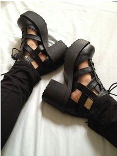 d15a3718c6f 26 Best CHUNKY SHOES images