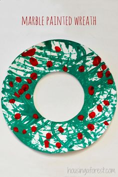Marble Painted Wreath ~ Simple Kids Christmas Craft