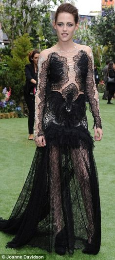 Kristen Stewart at Snow White and the Huntsman Premiere in London