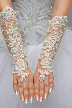 Luva de noiva com strass e pedras