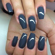 Gray nails Grey Acrylic Nails, Gray Nails, Pink Nails, Sassy Nails, Gel Nail Colors, Pretty Nail Designs, Formal Nails, Coffin Nails Long, Pedicure Nails