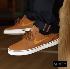 #shiftyskateshop New Instore & online Nike SB - Janoski L (ale brown/dessert ochre-sail) us 6.5 t/m 12 #nike #nikesb #janoski #shoegame #janoskil #kickstagram #kicks #shoes #shoeporn #shoestagram #Haverstraatpassage #Enschede