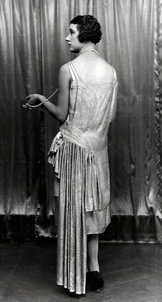 Silent-film star Jacqueline Logan in Paul Poiret, circa 1925 Assessing Paul Poiret, the Latest Heritage House Poised for Revival | Hint Fashion Magazine