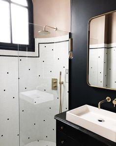Small bathroom renovations 677299231442304252 - Sans Source by Zen Bathroom, Simple Bathroom, Bathroom Fixtures, Bathroom Interior, Home Interior, Modern Bathroom, Master Bathroom, Paris Bathroom, Bathroom Ideas