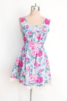 Pastel Blue & Pink Floral Babydoll Lace Trim Summer Dress // Size Small - pinned by pin4etsy.com