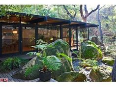 Fab Doug Rucker modern in Calabasas, CA. Its a horse property so it is even more perfect.