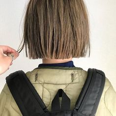 LALAさんはInstagramを利用しています:「ボブヘアカタログ*  -素敵なヘアスタイルをRepostでご紹介させて頂いてます。写真はご本人様に【掲載許諾】をとっております-  @khaki_uchino…」