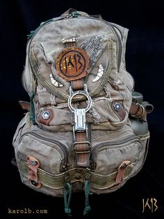 Atomic Slug Deluxe backpack post-apocalyptic mad max fallout olive drab green