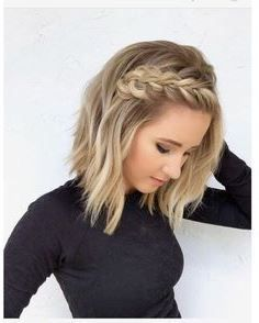 29 Ways to Style a Lob Haircut Bored with your traditional lob style? If so, you'll want to check out these 29 ways to style a lob haircut and get inspired! Prom Hairstyles For Short Hair, Braids For Short Hair, Box Braids Hairstyles, Hairstyles For Round Faces, Trending Hairstyles, Popular Hairstyles, Hairstyles Haircuts, Hairstyle Ideas, Short Braided Hairstyles