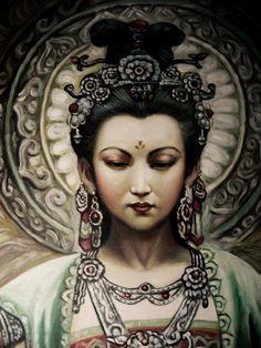 """Guanyin es diosa de la compasión y es venerada por los budistas de Asia del Este. El nombre Guanyin es una abreviatura de Guanshi'yin que significa """"la que oye el llanto del mundo"""". Similar a la manifestación católica de María"""