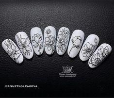 Black And White Nail Art, Mandala Nails, Nail Stencils, Floral Nail Art, Girls Nails, Pretty Nail Art, Autumn Nails, Nail Brushes, Nail Art Stickers