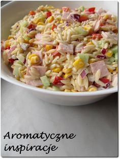 Aromatyczne inspiracje: Makaronowa sałatka z papryką konserwową, szynką i ogórkiem Orzo Recipes, Salad Recipes, Cooking Recipes, Healthy Recipes, High Carb Diet, Sausage Stuffed Zucchini, B Food, Picnic Foods, Happy Foods