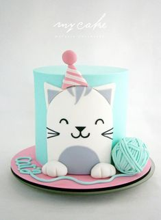 Easy birthday cake decorations from simple fondant cut out designs , you can make the yarn ball by sticking two cupcake tops together with buttercream and looping a long thin string of fondant around it. Gatito by Natalia Casaballe Birthday Cake For Cat, Simple Birthday Cakes, Birthday Kitty, Animal Birthday Cakes, Birthday Cup, Animal Cakes, Love Cake, Cute Cakes, Celebration Cakes