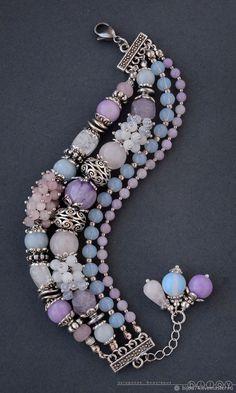 20 Handmade Bracelets For Starting Your Home Improvement - DIY Jewelry Boho Ideen Bead Jewellery, Beaded Jewelry, Jewelery, Fine Jewelry, Jewelry Necklaces, Jewelry Making, Tassel Necklace, Quartz Jewelry, Layered Necklace